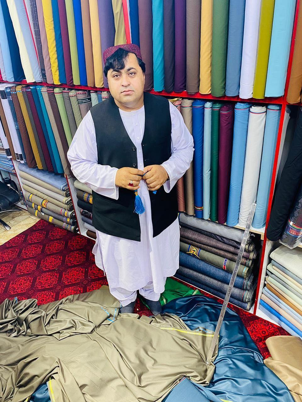 """<div class=""""paragraphs""""><p>Mohammad Khan used to own a garments shop in Kabul.</p></div>"""