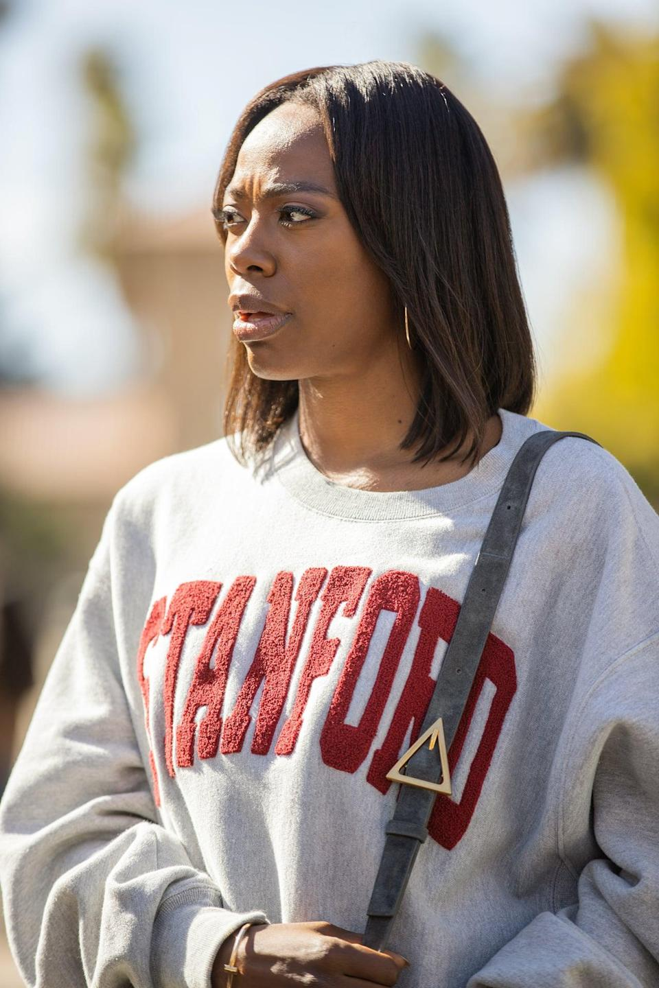 <p>Molly outfitted her alma mater sweatshirt with a Bottega bag.</p>