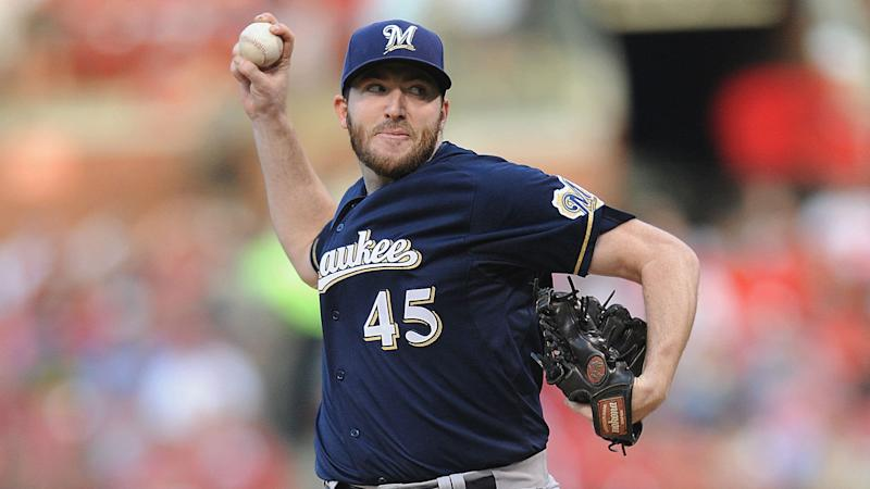 Brewers reliever threatens quitting, changes mind after being cut