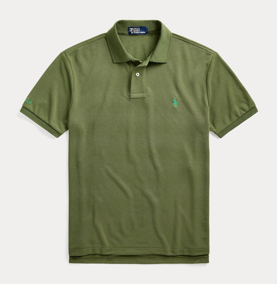 "<p><strong>Polo Ralph Lauren</strong></p><p>ralphlauren.com</p><p><strong>$98.50</strong></p><p><a href=""https://go.redirectingat.com?id=74968X1596630&url=https%3A%2F%2Fwww.ralphlauren.com%2Fmen-clothing-polo-shirts%2Fthe-earth-polo%2F0042897728.html&sref=https%3A%2F%2Fwww.esquire.com%2Flifestyle%2Fg36097955%2Ffathers-day-gifts-from-wife%2F"" rel=""nofollow noopener"" target=""_blank"" data-ylk=""slk:Buy"" class=""link rapid-noclick-resp"">Buy</a></p><p>Polo celebrates its own iconic style—and the earth—with this <a href=""https://www.esquire.com/style/mens-fashion/a36040882/ralph-lauren-earth-polo-review-endorsement/"" rel=""nofollow noopener"" target=""_blank"" data-ylk=""slk:reissued polo shirt"" class=""link rapid-noclick-resp"">reissued polo shirt</a>, each of which uses 12 plastic water bottles. </p>"