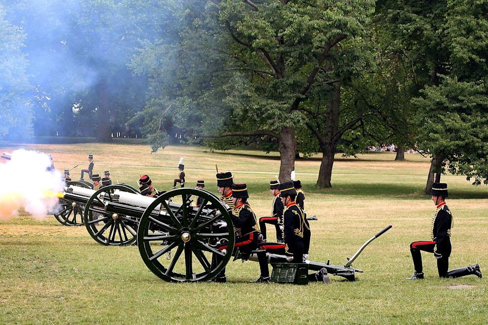 <p>And it's located near Buckingham Palace. </p>