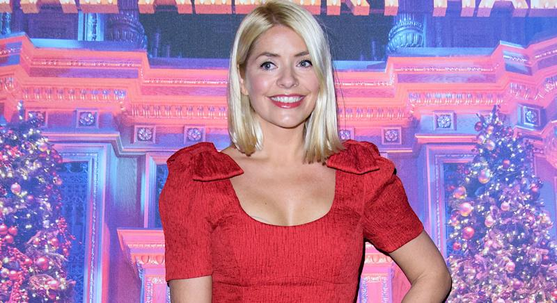 Holly Willoughby perfects summer dressing in floral Ghost dress on This Morning. (Getty images)