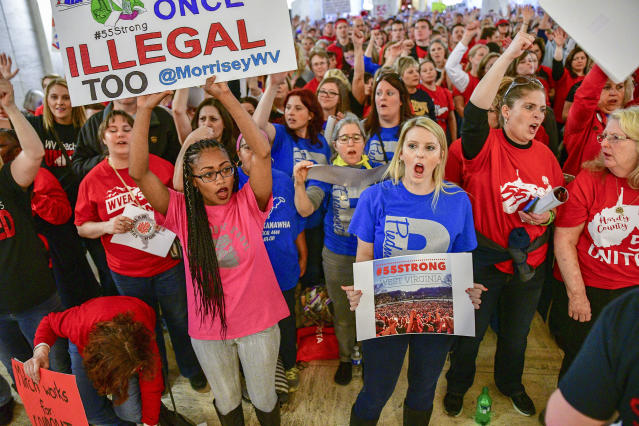 <p>Teachers hold a rally outside the Senate Chambers in the West Virginia Capitol Monday, March. 5, 2018 in Charleston, W.Va. (Photo: Tyler Evert/AP) </p>