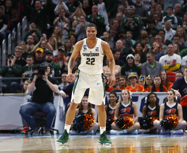 "Michigan State guard <a class=""link rapid-noclick-resp"" href=""/ncaab/players/137369/"" data-ylk=""slk:Miles Bridges"">Miles Bridges</a> plays against Bucknell during the second half of an NCAA men's college basketball tournament first-round game in Detroit, Friday, March 16, 2018. (AP Photo/Paul Sancya)"