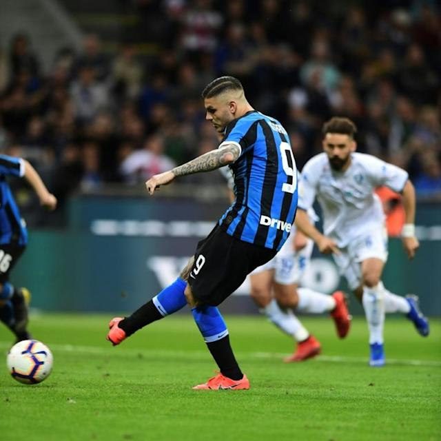 Icardi scored 17 goals in all competitions last season (AFP Photo/Miguel MEDINA)