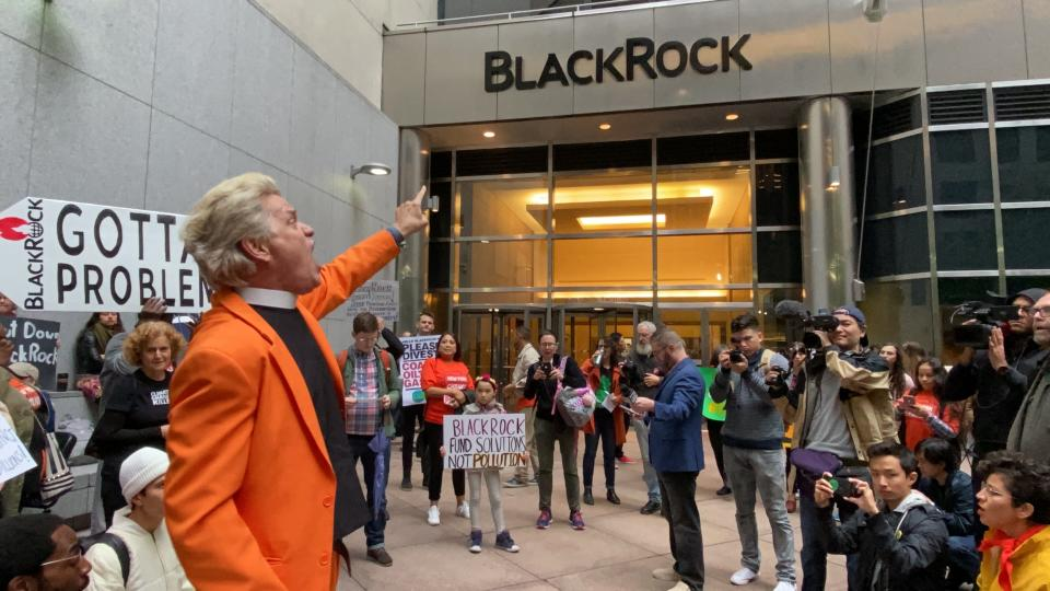 NEW YORK, NY - OCTOBER 29: Climate change protest/rally at BlackRock Headquarters in New York, New York on October 29, 2019. Photo Credit: Rainmaker Photo/MediaPunch /IPX