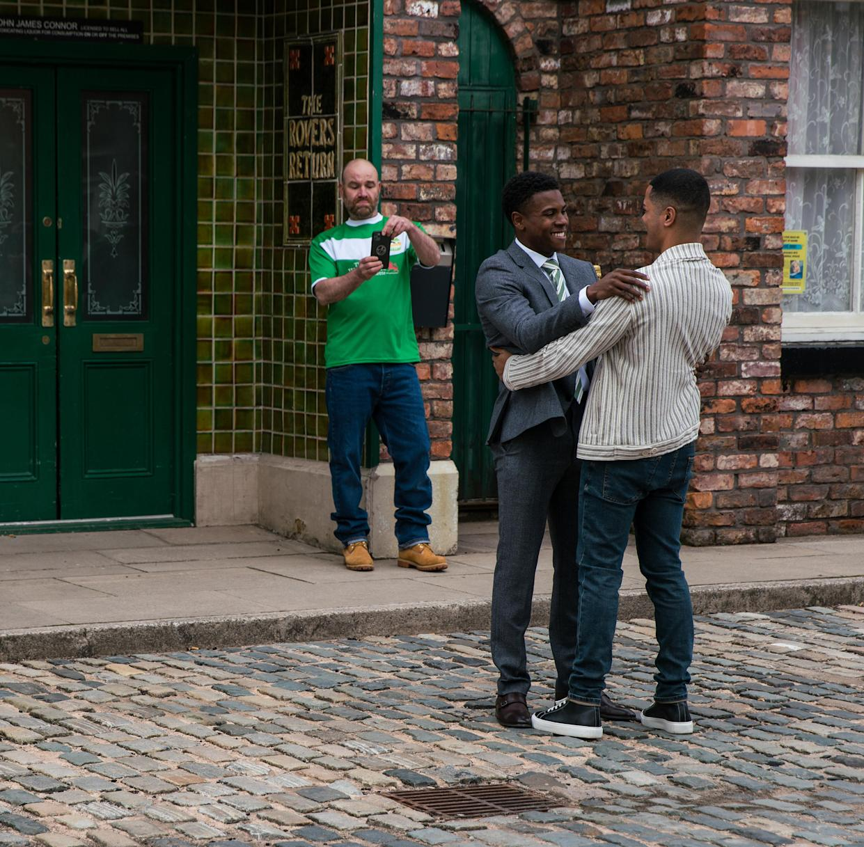 James and Danny kiss outside the Rovers Return (ITV)
