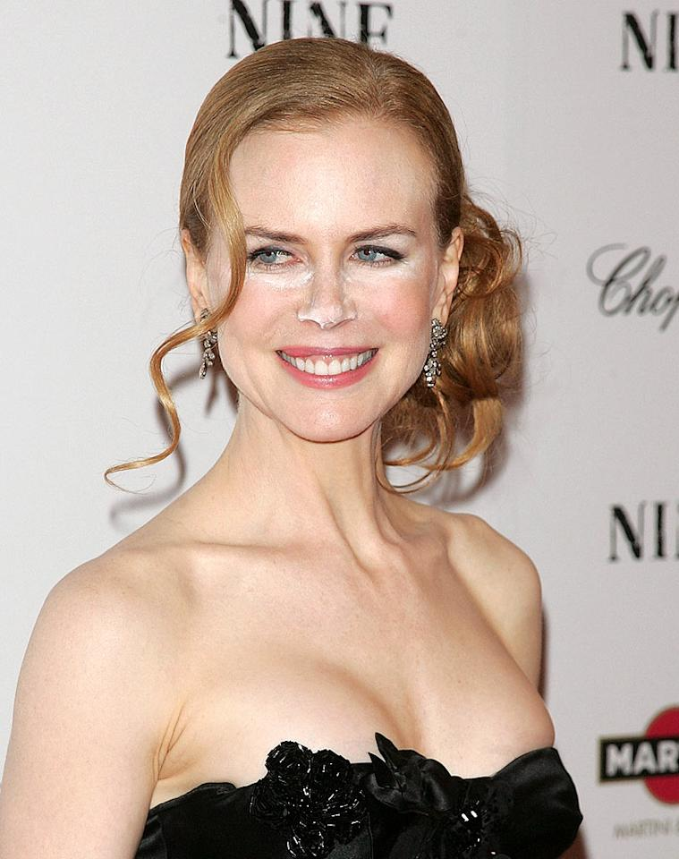 "Also in New York, for the ""Nine"" premiere on Tuesday night, actress Nicole Kidman (who has been likened to a wax statue more than once) had a major makeup malfunction on the red carpet when cameras picked up white powder on her nose and around her eyes. Things might be looking a little frosty for the makeup artist responsible. Jim Spellman/<a href=""http://www.wireimage.com"" target=""new"">WireImage.com</a> - December 15, 2009"