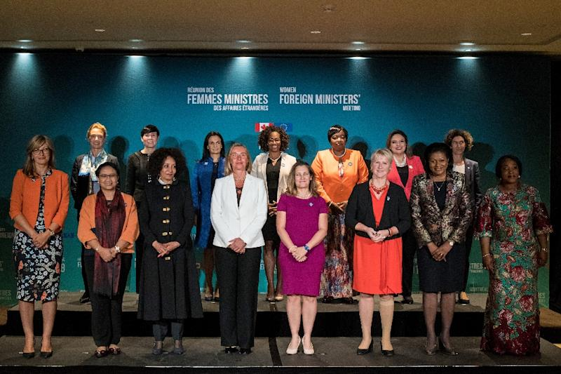 Women foreign ministers pose for a picture during their meeting in Montreal on September 21, 2018 (AFP Photo/MARTIN OUELLET-DIOTTE)