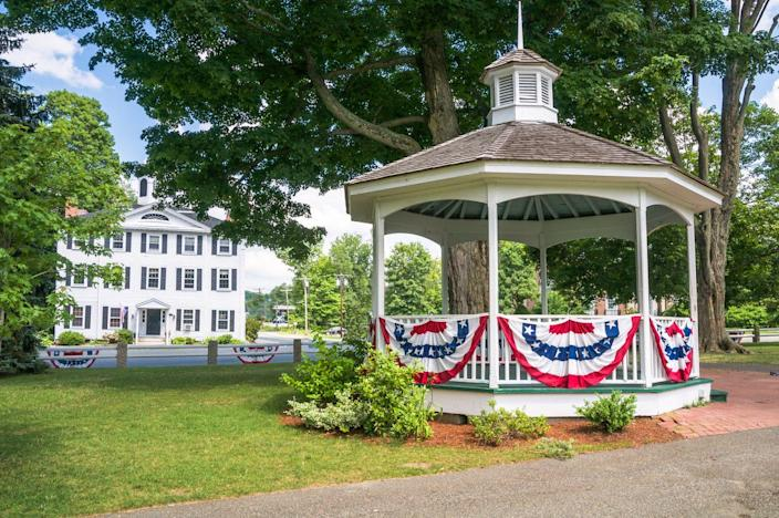"""<p>On July 3, 1781, Massachusetts legislature <a href=""""http://mastatelibrary.blogspot.com/2016/07/happy-independence-day-america.html"""" rel=""""nofollow noopener"""" target=""""_blank"""" data-ylk=""""slk:called for an official state celebration"""" class=""""link rapid-noclick-resp"""">called for an official state celebration</a> to recognize """"the anniversary of the independence of the United States of America,"""" making it the first state to recognize the 4th of July as an official holiday. </p>"""