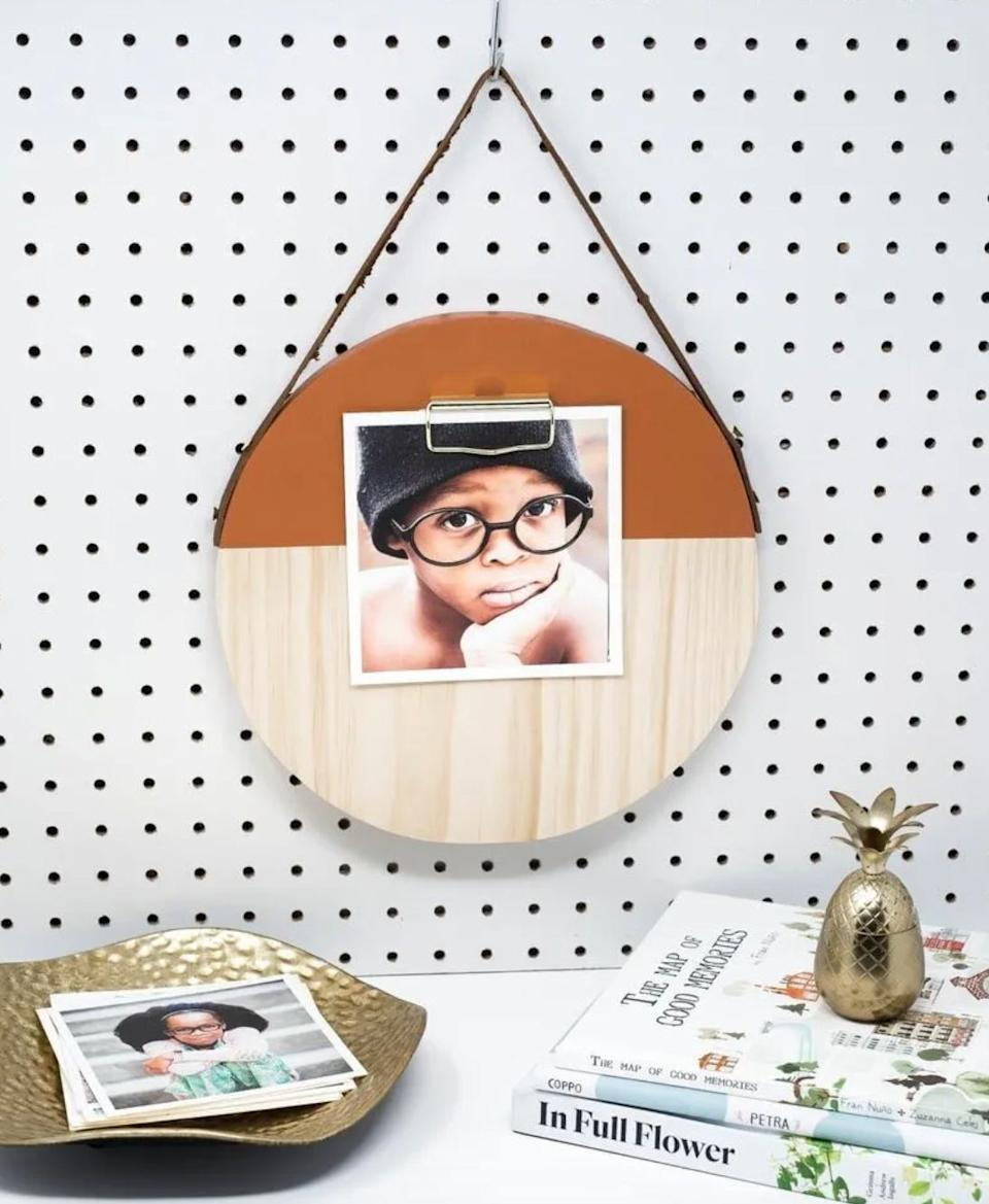 "This Kentucky-based Etsy shop specializes in hand-crafted wooden displays and memo boards. Shop this<a href=""https://fave.co/2B1khkP"" target=""_blank"" rel=""noopener noreferrer""> burnt orange wooden wall hanging clipboard for $27</a> at <a href=""https://fave.co/30uGCC0"" target=""_blank"" rel=""noopener noreferrer"">The Heart Department Co. on Etsy.</a><strong></strong>"