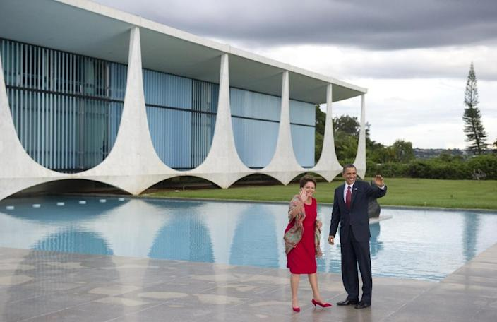 The Palacio do Alvorada designed by Oscar Niemeyer comprises luxurious sports facilities, a helicopter pad and all sorts of goodies (AFP Photo/Saul Loeb)