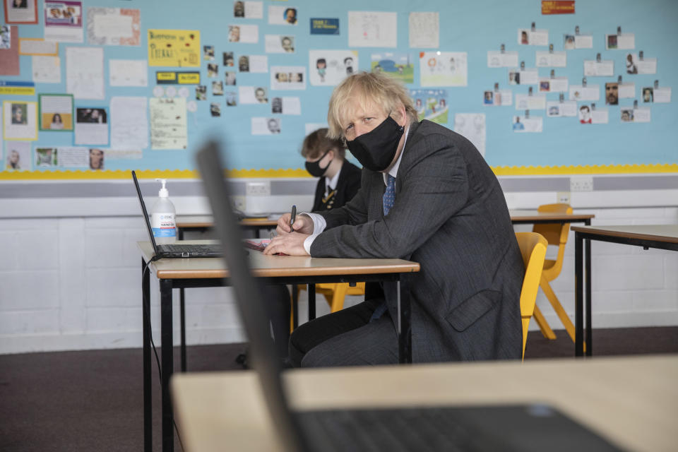 LONDON, ENGLAND - FEBRUARY 23: Prime Minister Boris Johnson visits Sedgehill School in south east London and takes part in an online class on February 23, 2021 in London, England. (Photo by Jack Hill - WPA Pool/Getty Images)