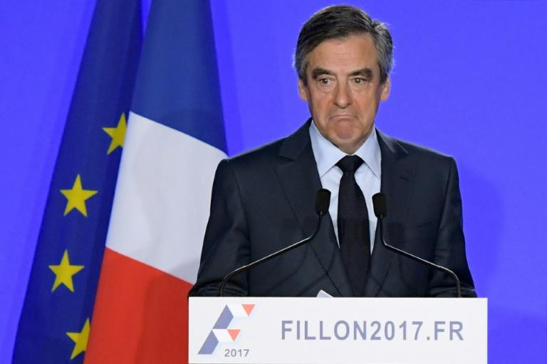 French rightwing presidential candidate Francois Fillon has again denied  allegations his wife was paid from public funds for a fake job