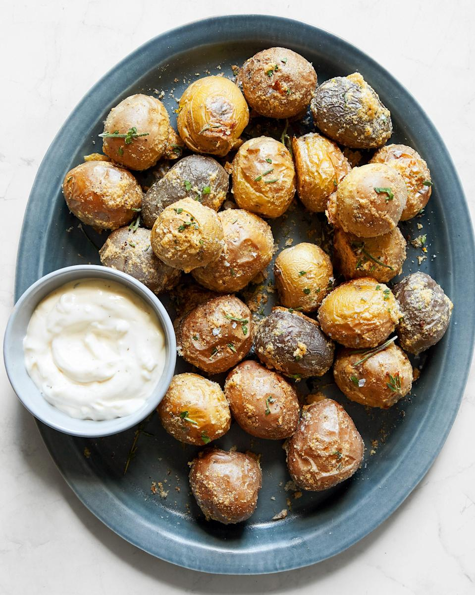 Served with a side of aioli, they make an ideal midday snack (or a lovely appetizer).