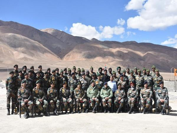 Army Chief visit Eastern Ladakh (Photo: Twitter/Indian Army)