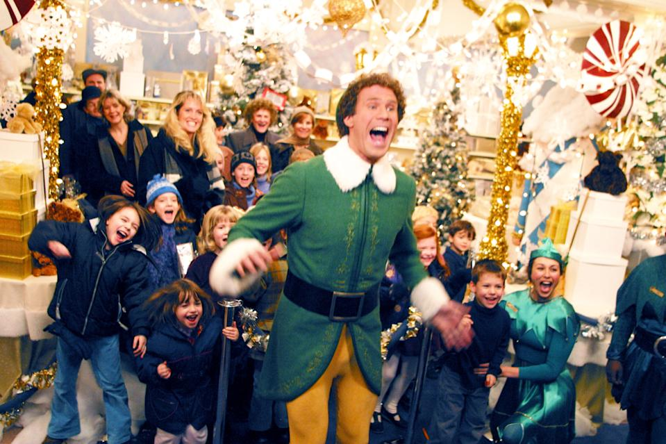 The crowded shopping scenes in 2003's Elf now seem surreal thanks to the pandemic. (Photo: Everett Collection)