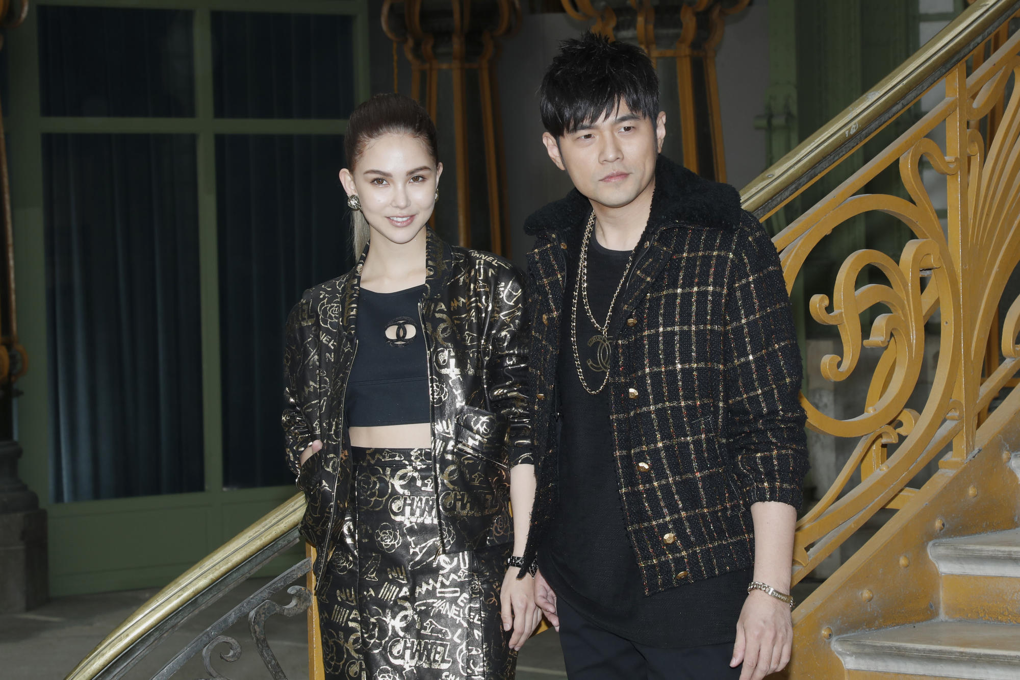 Jay Chou posts photos of daughter Hathaway drawing, attracting over 134,000 likes - Yahoo! Voices