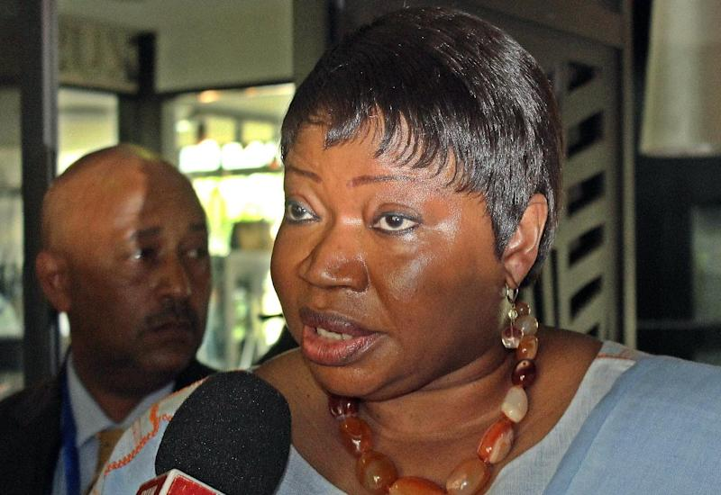 International Criminal Court Chief Prosecutor Fatou Bensouda speaks to a journalist after arriving in Arusha, Tanzania on November 4, 2014 (AFP Photo/)