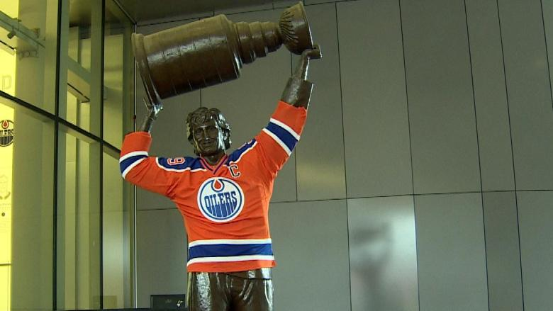 Last-minute sale of concourse passes upsets Oilers ticket holders — yet some fans willing to pay anyway