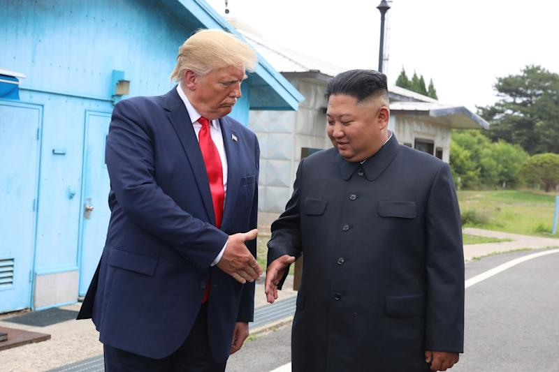 (Bloomberg) -- The U.S. is considering suspending some sanctions on North Korea for 12 to 18 months in exchange for a freeze on the country's nuclear weapons program, the Yonhap News Agency reported.The Trump administration would support lifting United Nations restrictions on North Korean coal and textiles exports as part of a deal to break their stalemate in nuclear talks, Yonhap said, citing an unidentified person close to the White House. In exchange, leader Kim Jong Un would be expected to dismantle his main nuclear complex at Yongbyon and halt his entire weapons program, the news agency from South Korea said.The sanctions would snap back into place if North Korea failed to meet its side of the bargain, Yonhap reported. Suspending the sanctions would restore a valuable source of revenue to Kim's regime.Meanwhile, North Korea revised its constitution to make Kim head of state, a promotion that could help normalize his relations with other world leaders ahead of any further meetings with U.S. President Donald Trump. The change was included in a text posted on the propaganda website Naenara and reported Thursday by Yonhap. The U.S. and North Korea are expected to hold their first working-level talks in five months, following up on Trump's historic June 30 meeting with Kim on the border between the two Koreas. While a freeze has long been among the U.S.'s goals, the Trump administration has so far refused Kim's demands for sanctions relief.Trump walked away from his previous round of talks with Kim after the North Korea leader sought the removal of all UN sanctions passed in 2016 and 2017 in exchange for dismantling Yongbyon. Kim subsequently resumed tests of short-range ballistic missiles and warned that he would wait only until the end of the year for a change in the U.S. position.The UN Security Council has passed five rounds of sanctions against North Korea since the country's fifth nuclear test in September 2016. Those penalties, which would require U.S. suppor