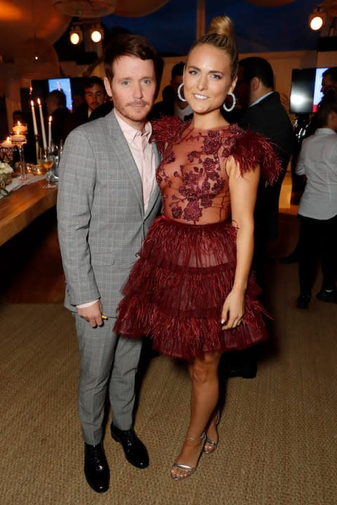 """After dating for one year, Us Weekly reported that Entourage alum Kevin Connolly had split from girlfriend and British socialite Francesca Dutton had split. No specific reason for the couples split was given, but an unnamed insider mysteriously hinted that they could get back together, but it doesnt look likely.<br>See the full slideshow at <a rel=""""nofollow"""" href=""""http://www.sheknows.com/entertainment/slideshow/9335/celebrity-breakups-2018/1"""">SheKnows</a>"""