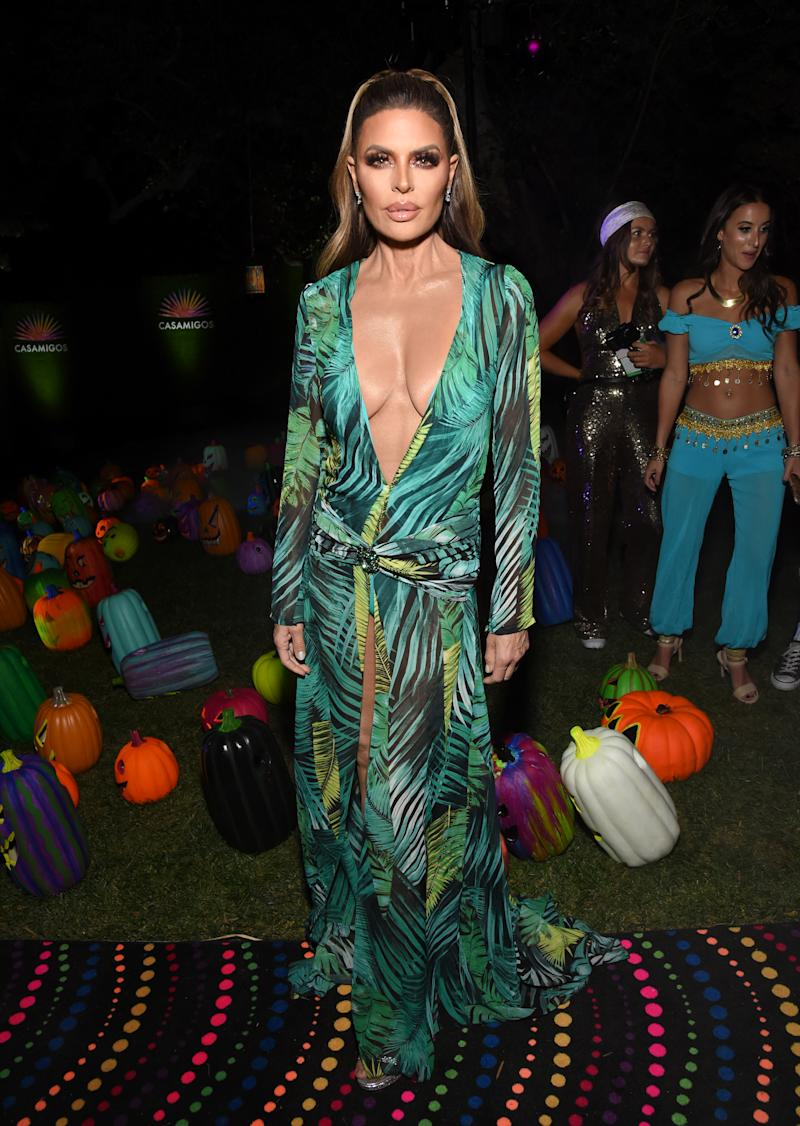 BEVERLY HILLS, CALIFORNIA - OCTOBER 25: Lisa Rinna attends the 2019 Casamigos Halloween Party on October 25, 2019 at a private residence in Beverly Hills, California. (Photo by Michael Kovac/Getty Images for Casamigos)