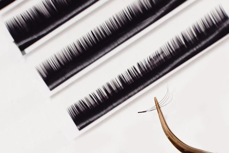 """d34d9b39e85 Why """"Salt and Pepper"""" Eyelashes Might Be the Secret to Gorgeous-Looking Eyes"""