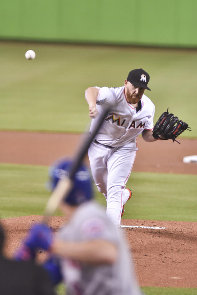 Miami Marlins' Dan Straily delivers a pitch during the first inning of a baseball game against the New York Mets in Miami, Sunday, July 1, 2018. (AP Photo/Gaston De Cardenas)
