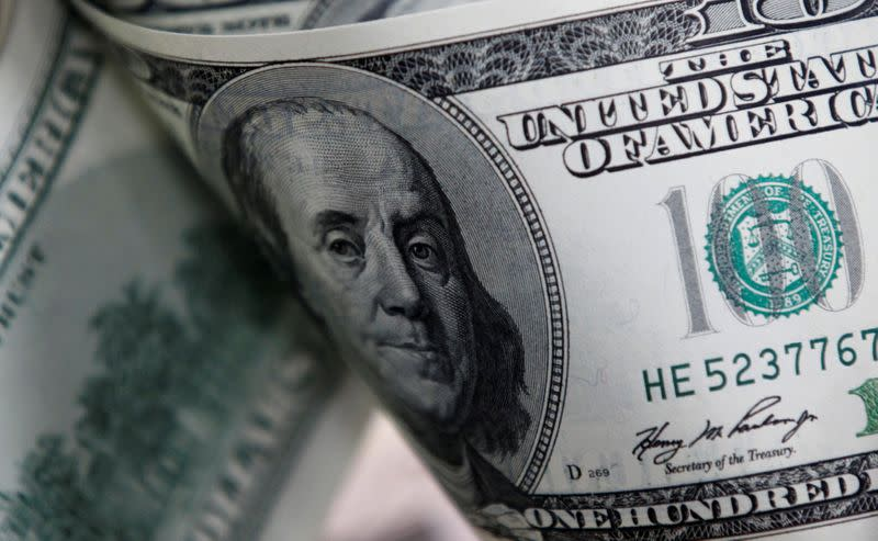Dollar falls, euro has best day since May 2018