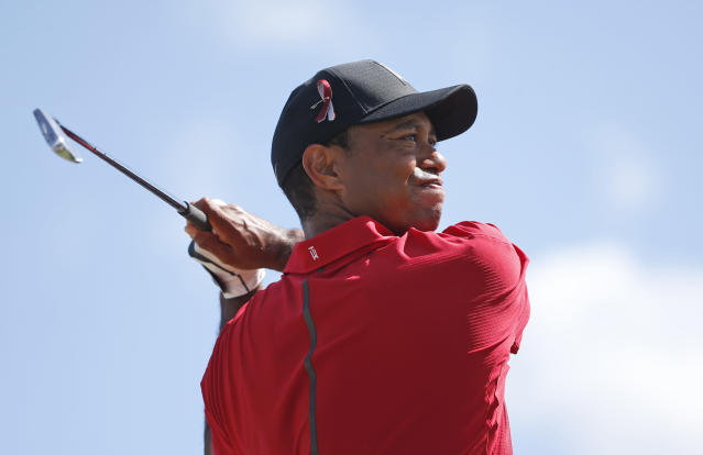 "<a class=""link rapid-noclick-resp"" href=""/pga/players/147/"" data-ylk=""slk:Tiger Woods"">Tiger Woods</a> hit a goose on Sunday. Don't worry, the goose was fine and Woods hit the ball into the fairway. (AP Photo/Wilfredo Lee)"