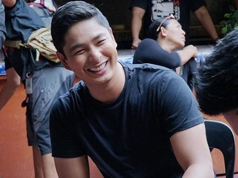 "Coco Martin is delighted as ""Ang Probisyano"" airs its 1,000th episode. (Source: The Hive Asia)"