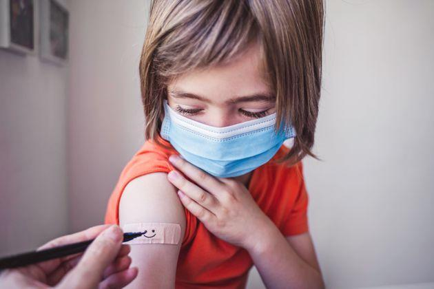 Children under 12 could still be eligible for vaccination this fall — but experts are not totally clear on the timeline. (Photo: mikimad via Getty Images)