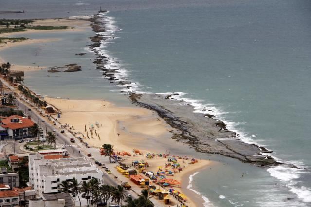 A general view is seen of the Forte Beach in Natal, northeastern Brazil, April 7, 2014. Natal is one of the host cities for the 2014 World Cup in Brazil. REUTERS/Nuno Guimaraes (BRAZIL - Tags: SPORT SOCCER WORLD CUP TRAVEL CITYSCAPE)