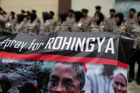 2017-01-20T155232Z_1_LYNXMPED0J16V_RTROPTP_2_MYANMAR-ROHINGYA - Who are the Rohingya? - Asia | Middle East