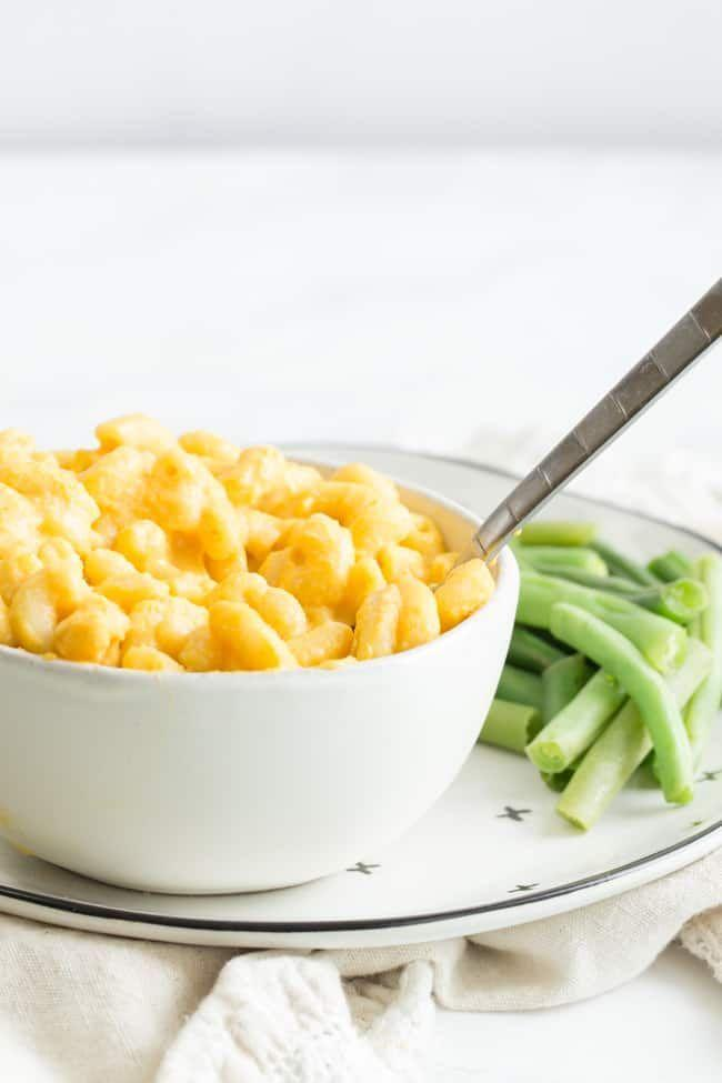 """<p>You don't need dairy to enjoy this classic American comfort dish.</p><p>Get the recipe from <a href=""""https://happyfoodhealthylife.com/instant-pot-vegan-mac-cheese/"""" rel=""""nofollow noopener"""" target=""""_blank"""" data-ylk=""""slk:Happy Food Healthy Life"""" class=""""link rapid-noclick-resp"""">Happy Food Healthy Life</a>.</p>"""