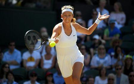 FILE PHOTO: Tennis - Wimbledon - London, Britain - July 7, 2017   Belarus' Victoria Azarenka in action during her third round match against Great Britain's Heather Watson   REUTERS/Toby Melville