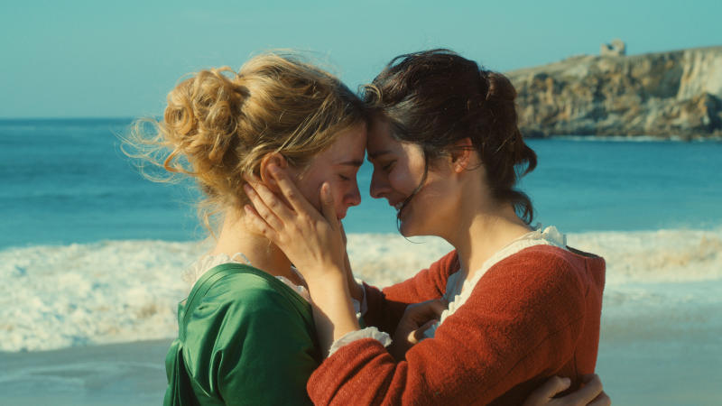 Adèle Haenel and Noémie Merlant in 'Portrait of a Lady on Fire'. (Credit: Curzon)