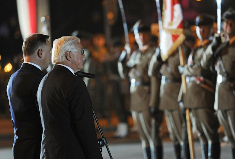 German President Frank-Walter Steinmeier (2ndL) and his Polish counterpart Andrzej Duda attend ceremonies marking the 80th anniversary of the outbreak of WWII, in Wielun on September 1, 2019. - German President Frank-Walter Steinmeier on September 1, 2019 asked Poland's forgiveness for history's bloodiest conflict during a ceremony in the Polish city of Wielun, where the first World War II bombs fell 80 years ago. (Photo by Alik KEPLICZ / AFP) (Photo credit should read ALIK KEPLICZ/AFP/Getty Images)