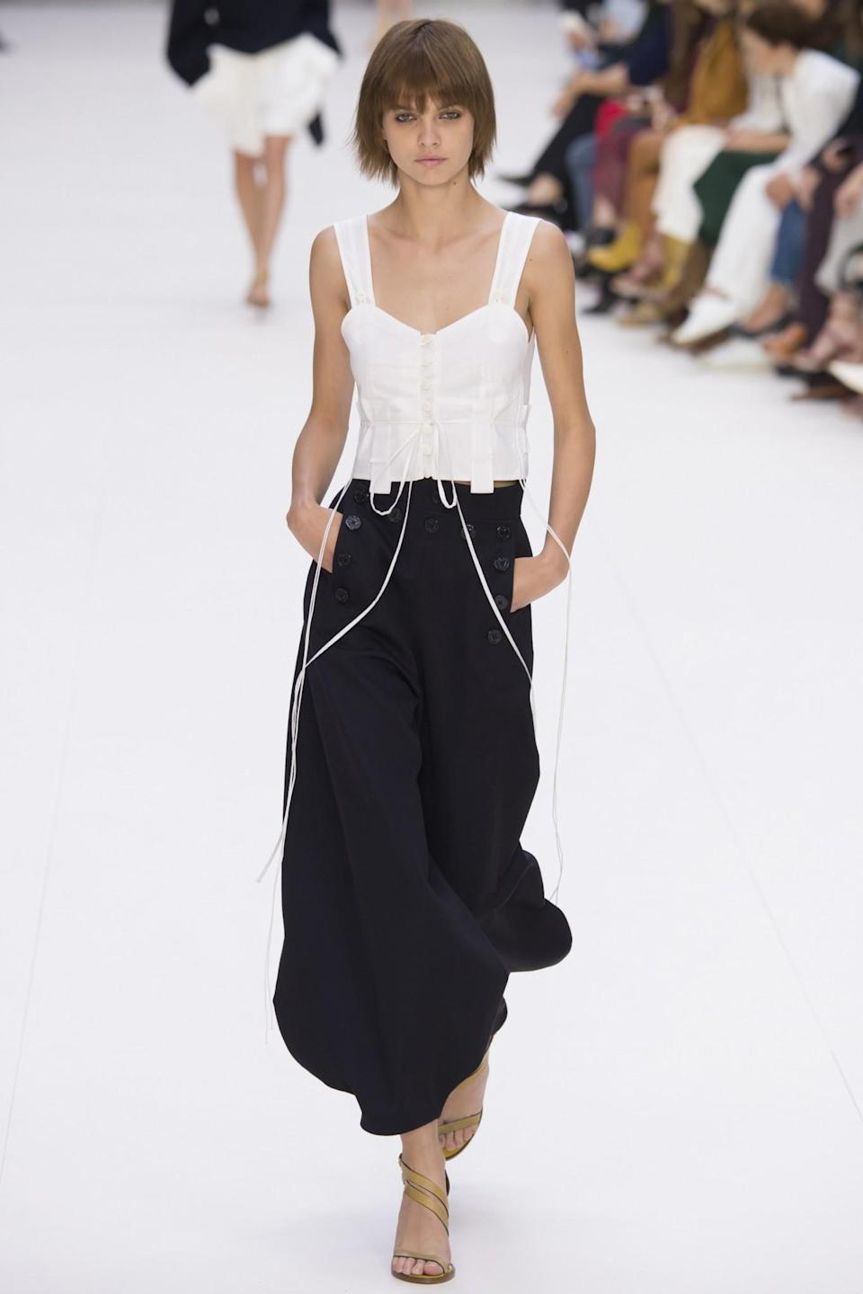 <p>A model on the runway at the Chloé Spring/Summer 2017 show in Paris. (Photo: Getty Images) </p>