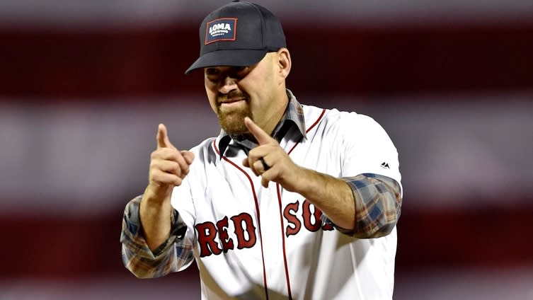 Cora not sure he'll visit White House with Red Sox
