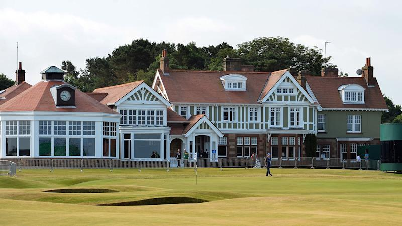 Muirfield invites female members for the first time