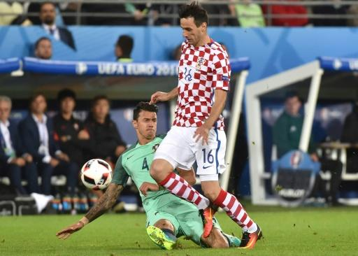 Croatia send home Nikola Kalinic after he declines to enter as substitute
