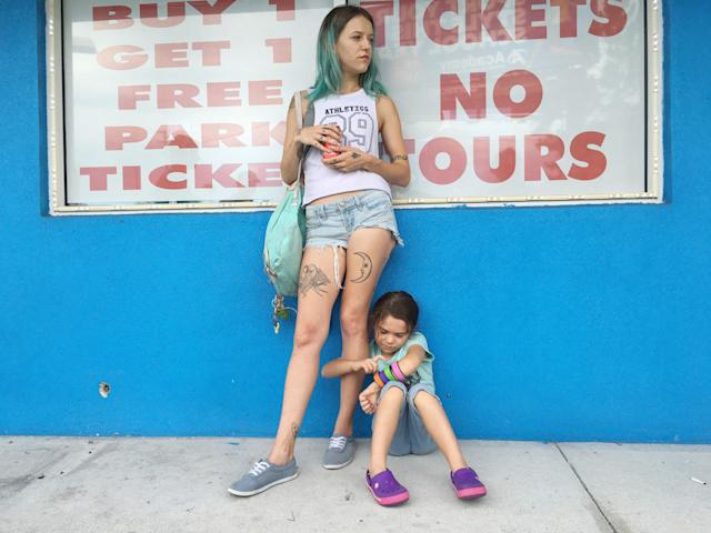 Bria Vinaite and Brooklynn Prince play a mother and daughter in <em>The Florida Project.</em> (Photo: Marc Schmidt/A24/courtesy Everett Collection)