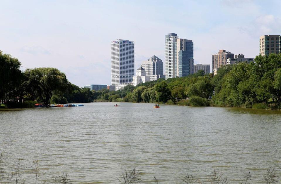 """<p>Though lawmakers have released a <a href=""""https://www.jsonline.com/story/news/politics/2020/01/08/lawmakers-evers-release-plans-address-water-contamination/2844080001/"""" rel=""""nofollow noopener"""" target=""""_blank"""" data-ylk=""""slk:$10 million plan"""" class=""""link rapid-noclick-resp"""">$10 million plan </a>to solve the ongoing water crisis in Wisconsin's largest city, many residents feel it is too little to late. Bacteria, lead, and nitrates have all been found at unsafe levels during testing from samples of Milwukee's tap water. In the meantime, many Milwaukee natives rely on bottled water to brush their teeth and make their daily coffee stemming from fears of long term health effects they could face from the tap water. </p>"""