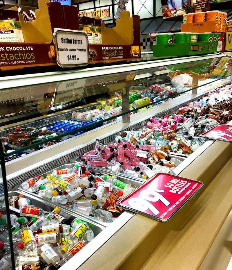 A Dierbergs location in Manchester, Missouri, started a trend when it transformed its salad bar into an alcohol bar. (Courtesy of Dierbergs)