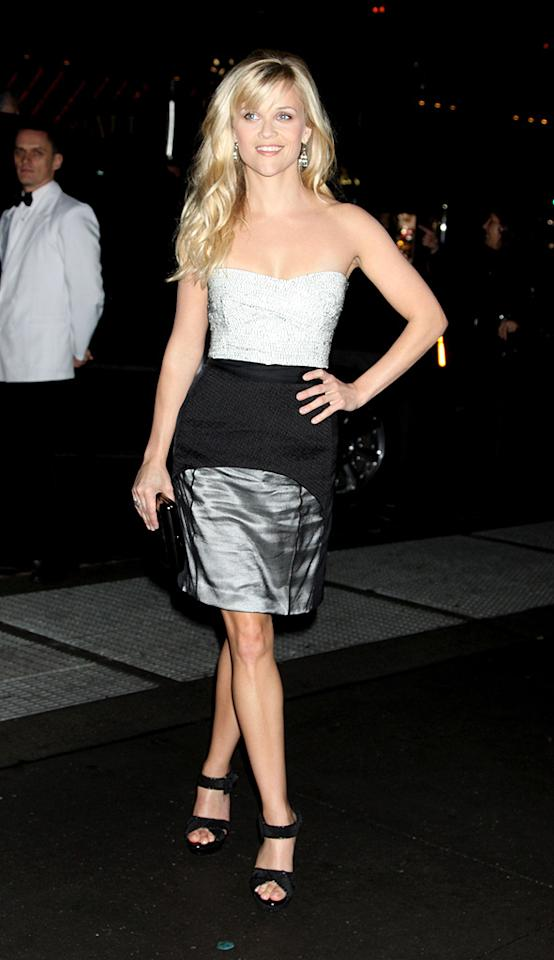 """Since Reese has already bagged two of Hollywood's hottest (Ryan Phillippe and Jake Gyllenhaal), which celeb do you think she should court next? Roger Wong/<a href=""""http://www.infdaily.com"""" target=""""new"""">INFDaily.com</a> - October 27, 2009"""