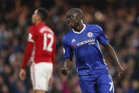 Britain Soccer Football - Chelsea v Manchester United - Premier League - Stamford Bridge - 23/10/16 Chelsea's N'Golo Kante celebrates scoring their fourth goal Action Images via Reuters / John Sibley Livepic