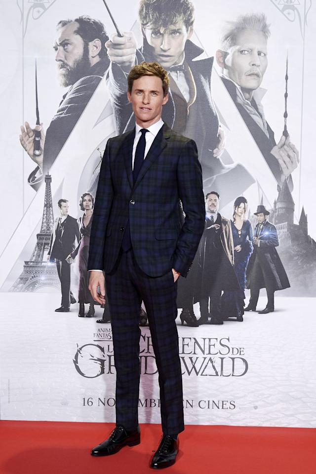 <p>A man who knows his way around a perfectly fitted checked suit, Eddie Redmayne did what he does best (apart from acting, obviously) on the red carpet this week.</p>