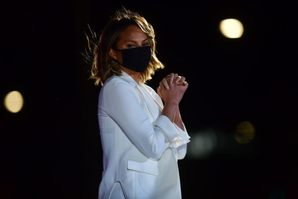 Chrissy Teigen has shared a fun face mask hack to Instagram, pictured in November 2020. (Getty Images)